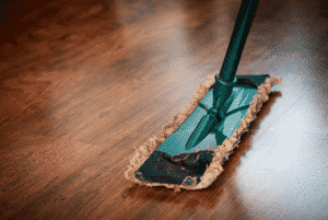 Environmentally-Friendly Spring Cleaning