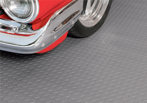 diamond tread rollout garage flooring